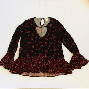 Mossimo Bell Sleeve Peplum Blouse Red Floral Black